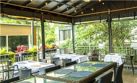 Terrace Patio at Ellis Hotel, Atlanta