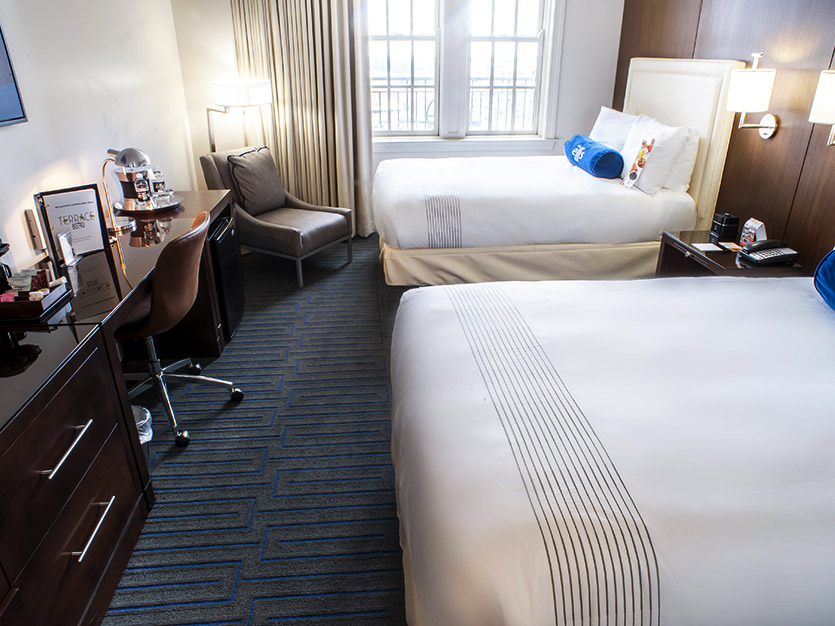 Deluxe Double Accommodations at The Ellis Hotel, Atlanta